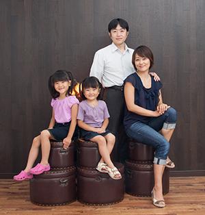 家族写真を撮る